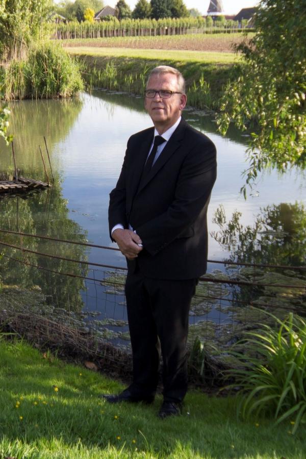 Piet Kapaan, Algemeen medewerker